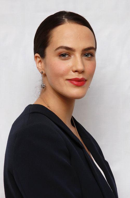 Джессика Браун-Финдли (Jessica Brown-Findlay)