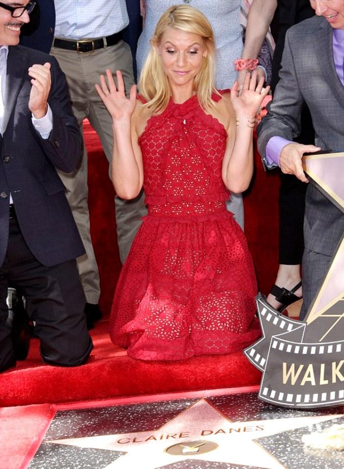 Звезда Клэр Дейнс на Аллее Славы в Голливуде