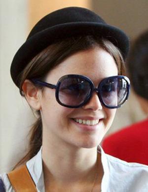 Рейчел Билсон и ее солнцезащитные очки
