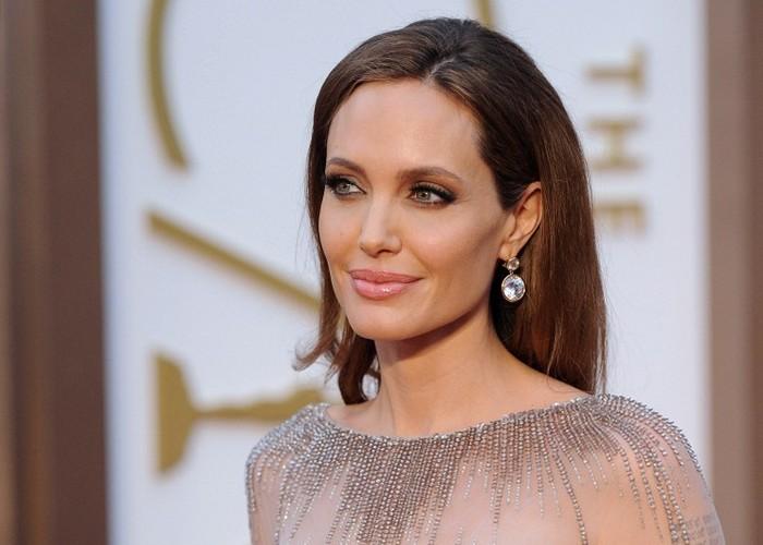 Топ-5 самых богатых актрис Голливуда