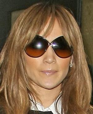 Дженнифер Лопес и ее солнцезащитные очки