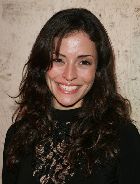 Эммануэль Вожье (Emmanuelle Vaugier)