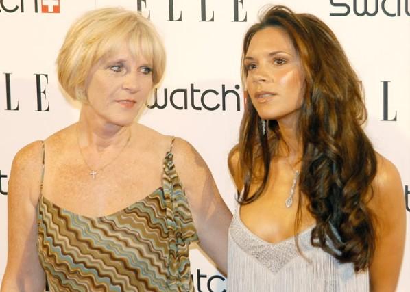 Виктория Бекхем с мамой