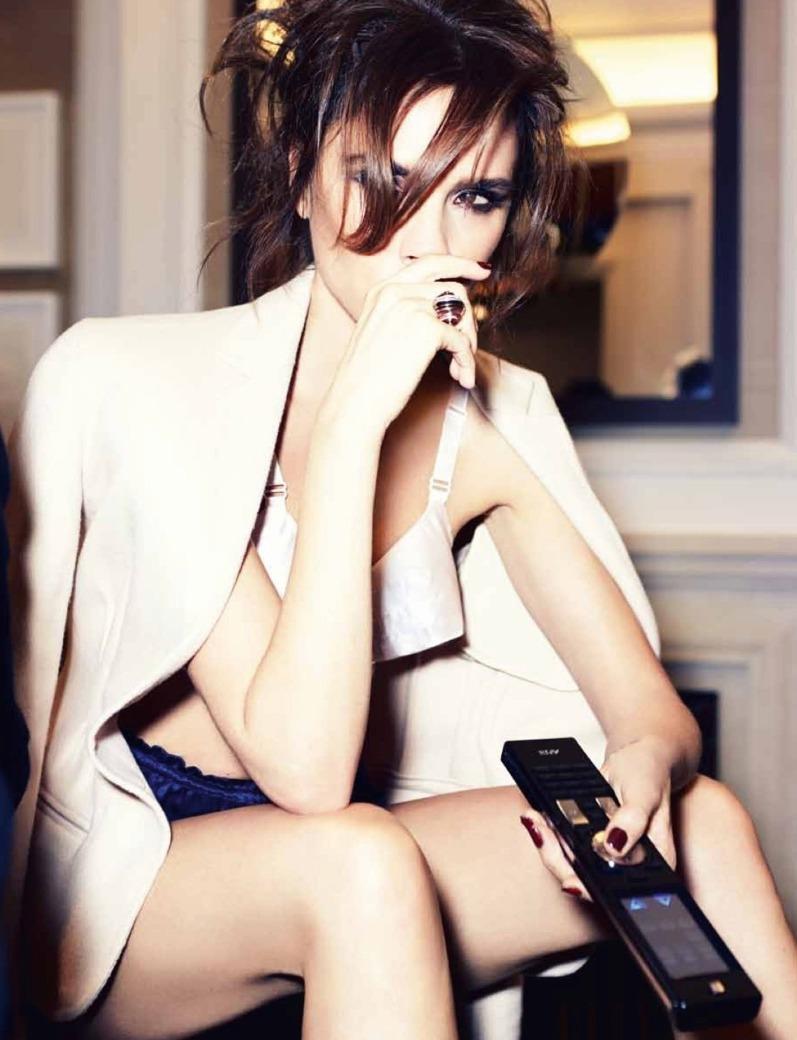 Виктория Бекхэм для журнала Harper's Bazaar SG, сентябрь 2013