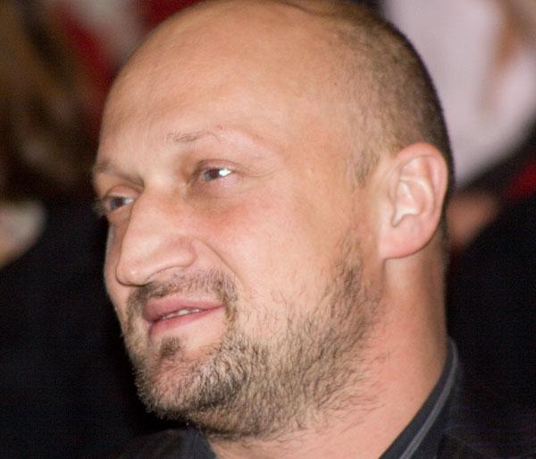 gosha-kutsenko-golie-zvezdi-muzhchini