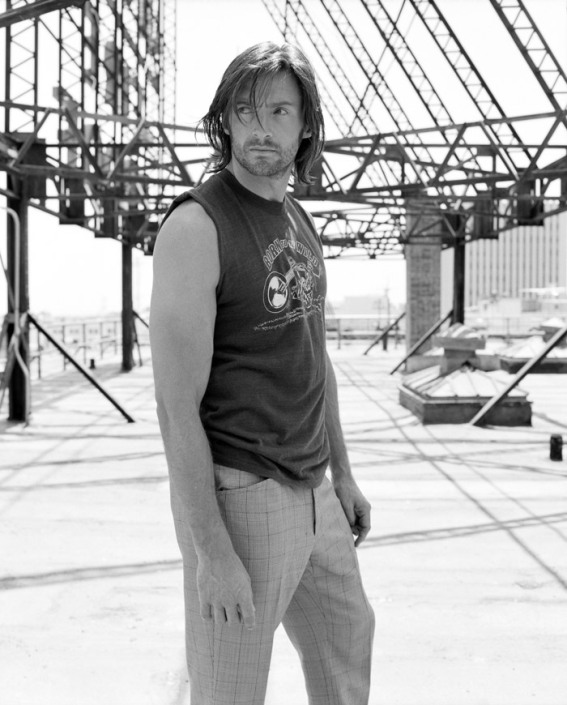 Хью Джекман в фотосессии Лоренцо Аджиуса