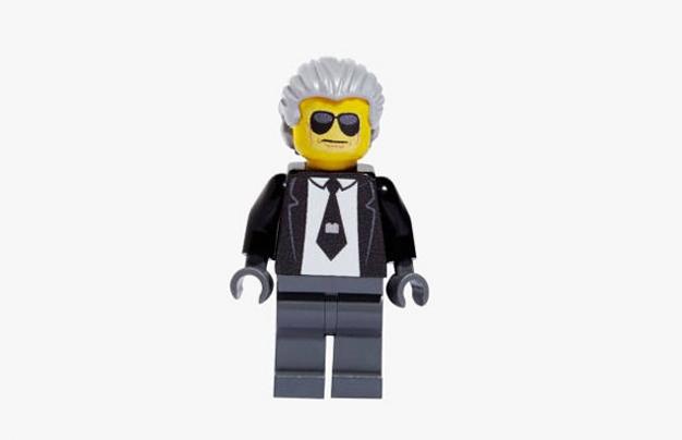 Известные модельеры в виде игрушек LEGO