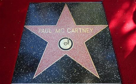 Звезда Пола Маккартни на алее славы
