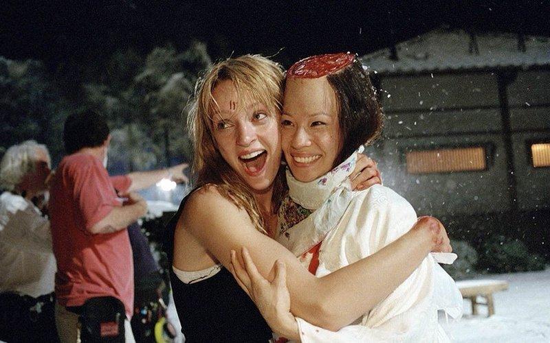 """Ума Турман и Люси Лью на съемках фильма """"Убить Билла"""", 2002 год"""