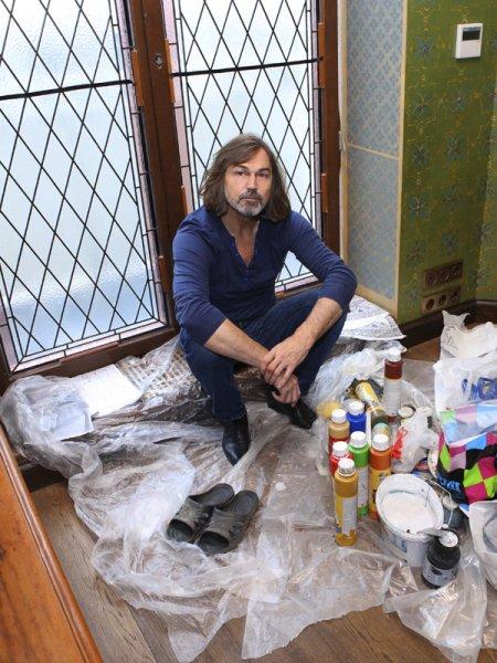 Дом Никаса Сафронова