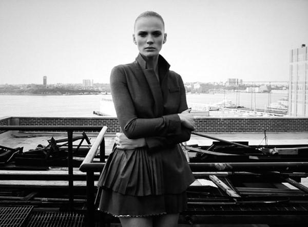 Анна Вьялицына для Zoo SS