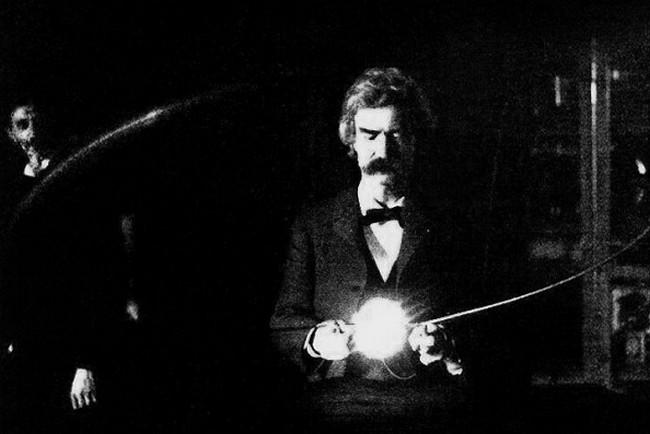 Марк Твен в лаборатории Николы Теслы, 1894 год