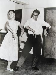 Брюс Ли танцует ча-ча-ча, 1958 год