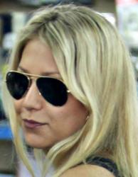 Анна Курникова и ее солнцезащитные очки