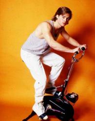 Юный Брэд Питт в рекламе велотренажера