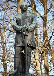 Памятники Отто фон Бисмарку