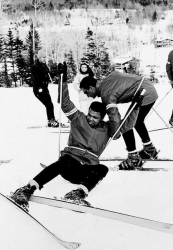 Мухаммед Али катается на лыжах на Снежной горе в Вермонте, 1970 год