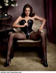 Сексуальные фото Лейтон Мистер для GQ