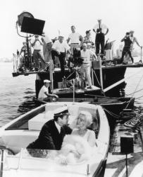 """Тони Кертис и Мэрилин Монро на съемках фильмах """"В джазе только девушки"""", 1959 год"""