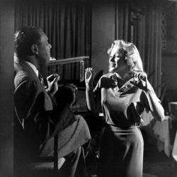Мэрилин Монро и Фил Мур, 1949 год