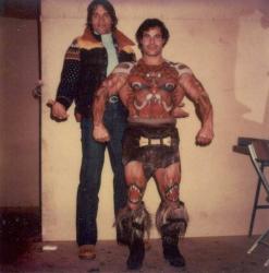 "Арнольд Шварценеггер и Франко Коломбо на съемках фильма ""Конан-варвар"", 1981 год"