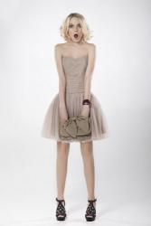 Кира Пластинина и Линдси Лохан сделали платья для выпускного