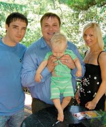 Семья Юрия Шатунова