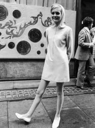 Британская фотомодель Твигги в возрасте 17 лет, Лондон, 1967 год