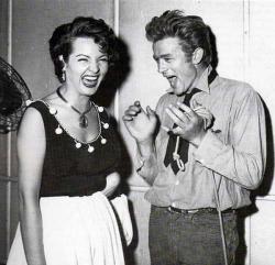 Джеймс Дин и Сара Монтьель, 1955 год