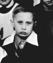 Владимир Путин в детстве и молодости
