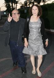 Денни де Вито и его жена Реа Перлман