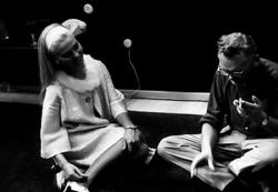 "Светлана Светличная и Леонид Гайдай на съемках фильма ""Бриллиантовая рука"", 1968 год"