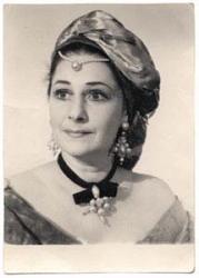 Семья Лии Ахеджаковой