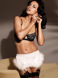 Адриана Лима в съемке Victorias Secret