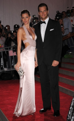 Жизель Бундхен с мужем