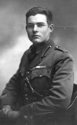 Эрнест Хемингуэй, американский волонтер Красного Креста. Милан (Италия), 1918 год