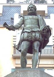 Памятники Мигелю де Сервантесу