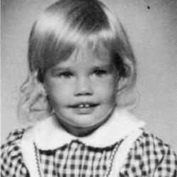 Дениз Ричардс в детстве и молодости