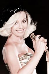 Ирина Салтыкова на съемках клипа «Слеза гламура»