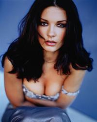 Кэтрин Зета-Джонс образца 1999 года (фотосессия Альберто Толота для журнала Movieline)