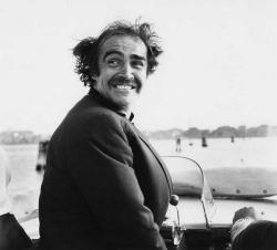 Шон Коннери в водном такси в Венеции, 1970 год
