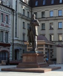 Памятники Федору Шаляпину
