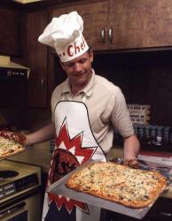Нил Армстронг готовит пиццу, 1969 год