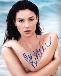 Автограф Моники Беллуччи