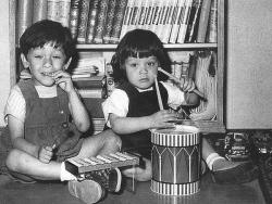 Братья Алекс и Эдвард Ван Хален в детстве