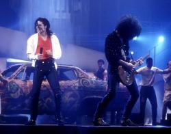 Майкл Джексон и Slash на праздновании 10-й годовщины MTV, 27 ноября 1991 года