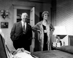 "Альфред Хичкок и Джанет Ли на съемках фильма ""Психо"", 1960 год"