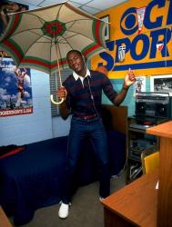 Майкл Джордан в своей комнате в общежитии колледжа при Университете Северной Каролины, 1983 год