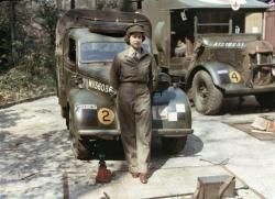 Королева Елизавета на службе в армии во время Второй мировой войны
