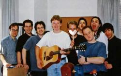 """Конан О'Брайен и сценаристы шоу """"Поздняя ночь с Конаном О`Брайэном"""", 1993 год"""